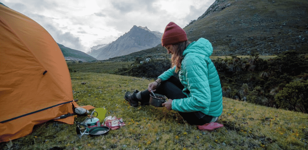 Best Digital Nomad Blogs Bemy Travel Muse Solo Backpacking Cooking in Peru