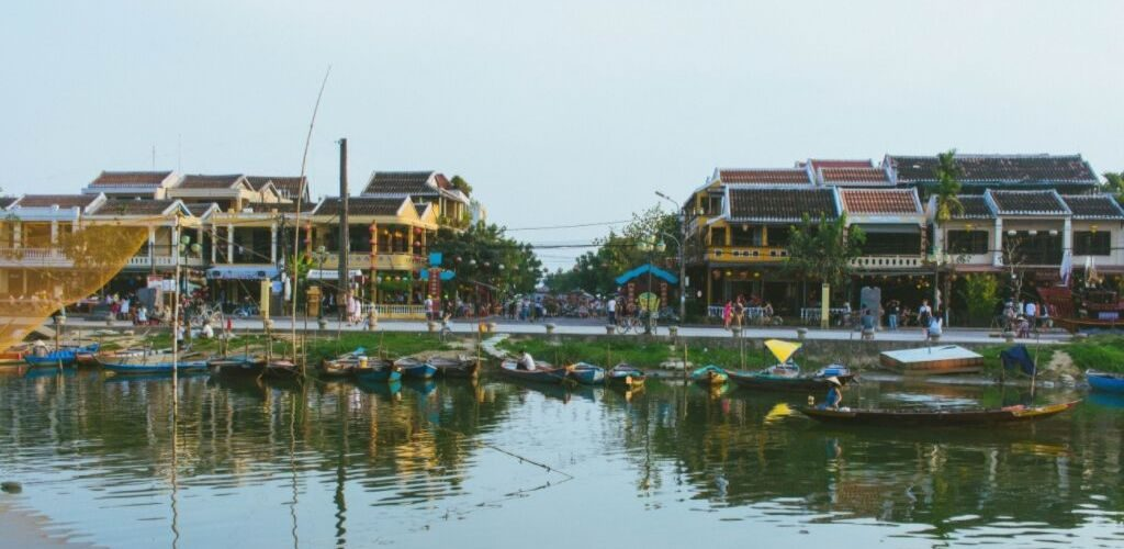 The Best Time to Visit Vietnam Center
