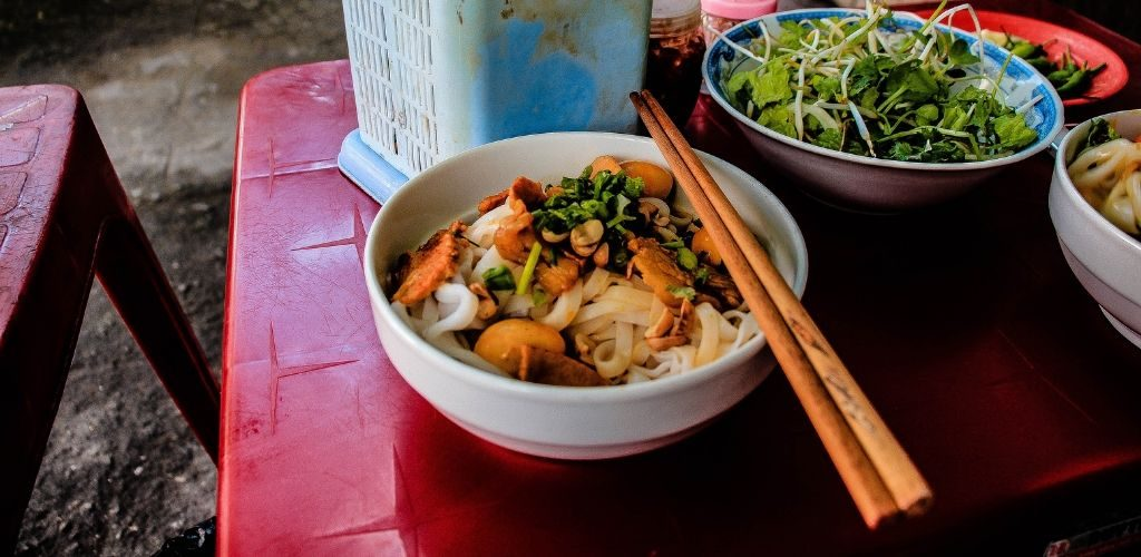 Vietnamese Food Culture Mi Quang